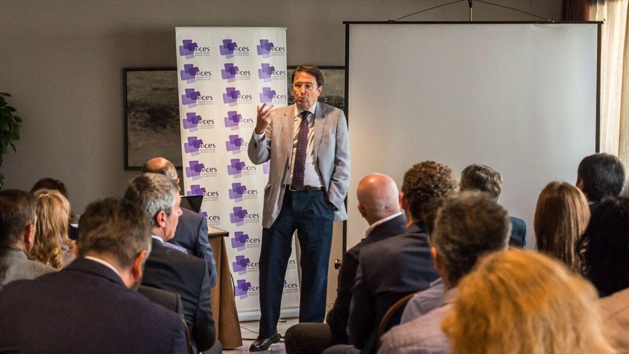 Dr. Josep Ignasi, president de l'ACES a l'Hotel Carlemany de Girona